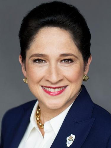 Susana Mendoza (D)